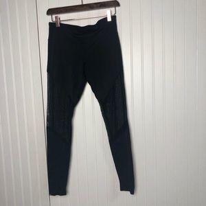 Onzie black mesh high rise athletic leggings